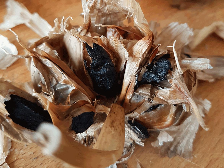 Was ist Schwarzer Knoblauch?